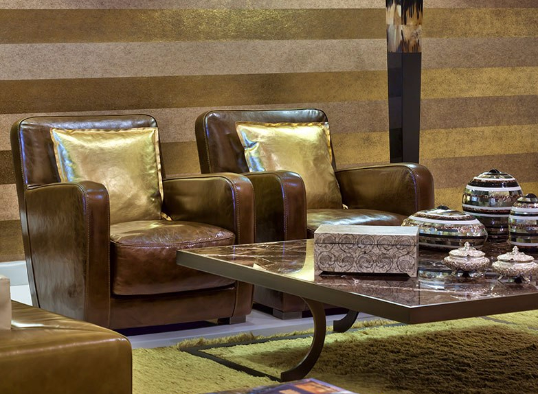 gold-accents-in-living-room-by-casa-paradox1.jpg
